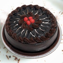 Visually Delightful 1 Lb Chocolate Truffle Cake from 3/4 Star Bakery