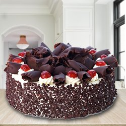 Extraordinary 2.2 Lbs Black Forest Cake with Decoration from 3/4 Star Bakery