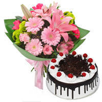 Enchanting a Dozen of Mixed Flower Bunch with Black Forest Cake