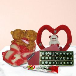 Stunning Gift Set with Enormous Romance
