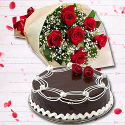 Lovely Gift of 6 Red Rose and 1 Lb Chocolate Cake