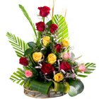 Mesmerizing 15 Mixed Roses in a Beautiful Arrangement to Kenchanahalli