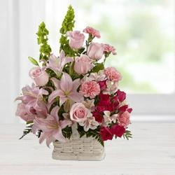 Euphoric Arrangement of Enthralling Flowers