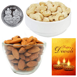 Tempting Almonds And Cashews