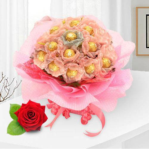 Send Online Ferrero Rocher Bouquet
