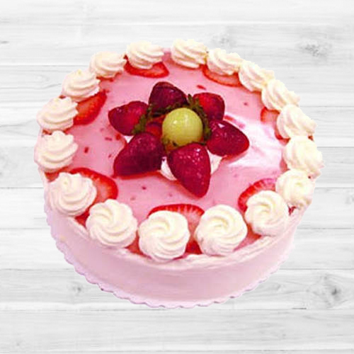 Tempting Strawberry Cake