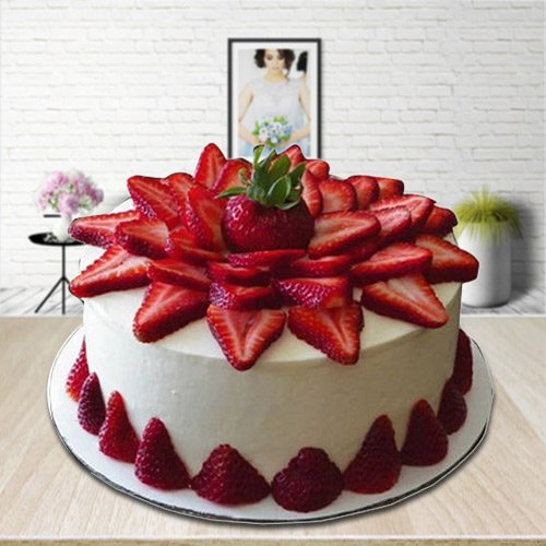 Gift Strawberry Cake Online