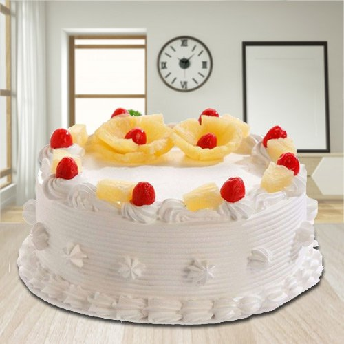 Fruity Delight 2.2 Lbs Eggless Pineapple Cake from 3/4 Star Bakery