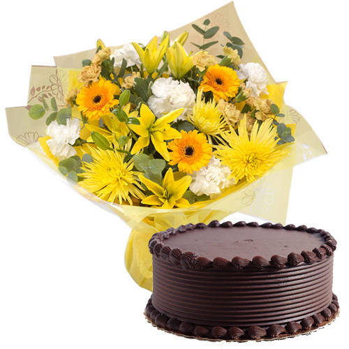 Gift Mixed Flowers Bunch with Eggless Chocolate Cake Online