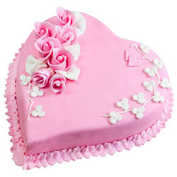 Book Strawberry Cake in Heart Shape Online
