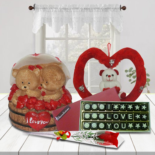 Admirable Combination of Delicate Gift Items