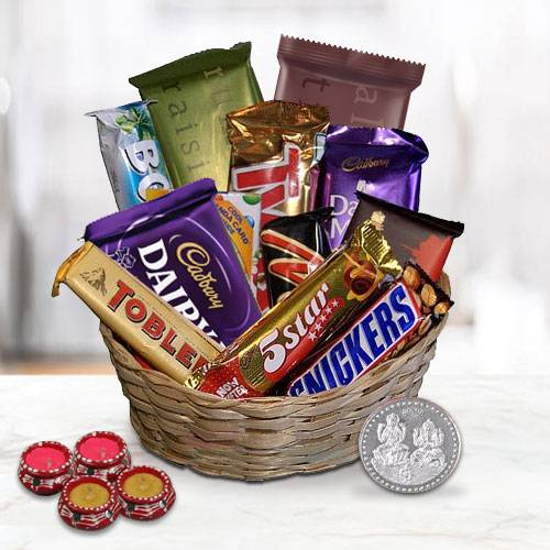 Enchanting Festive Moments Chocolate Gift Hamper