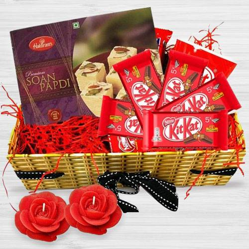 Enchanting Festive Seasons Gift Basket