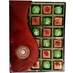 Lip-Smacking Home Made Assorted Chocolates Pack of Crackle N Butterscotch