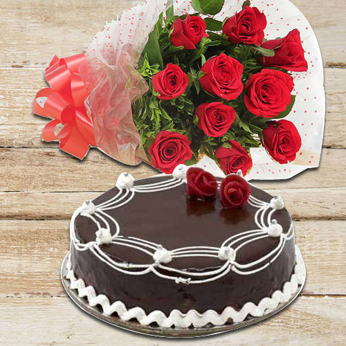 Online Combo of Red Roses N Chocolate Cake