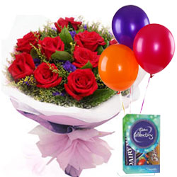Perfect Choice�of Red Roses Bouquet, Balloons and Cadbury Celebration Mini