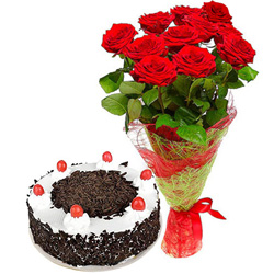 Shop Online Black Forest Cake n Red Roses Bouquet
