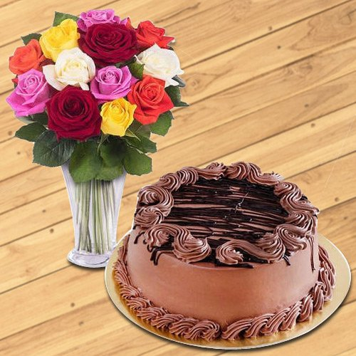 Deliver Online Mixed Roses in a Vase with Chocolate Cake