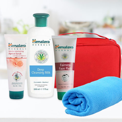 Gentle Assemble of Three-in-one Herbal Face Care Pack from Himalaya