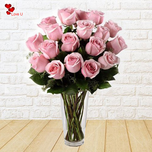 Online Gift of Pink Roses in Vase