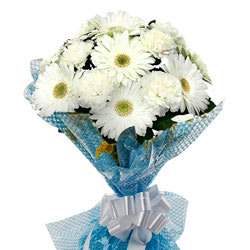 Distinctive Sweet Escape White Gerberas with Fillers