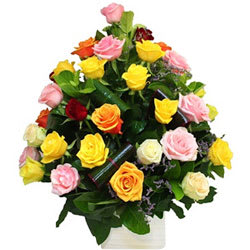 Spectacular Floral Blast Mixed Roses Collection