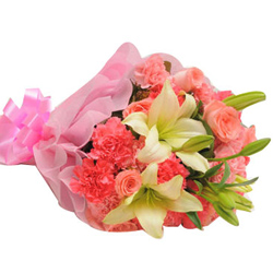 Dazzling Hand Bunch of White Lilies Stem with Pink Carnations & Roses