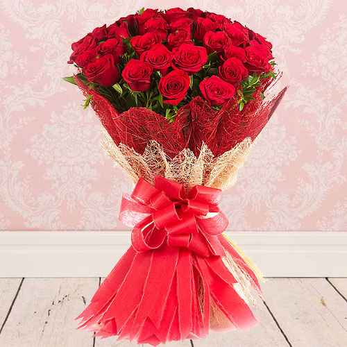 Fresh Bunch of Red Color Roses