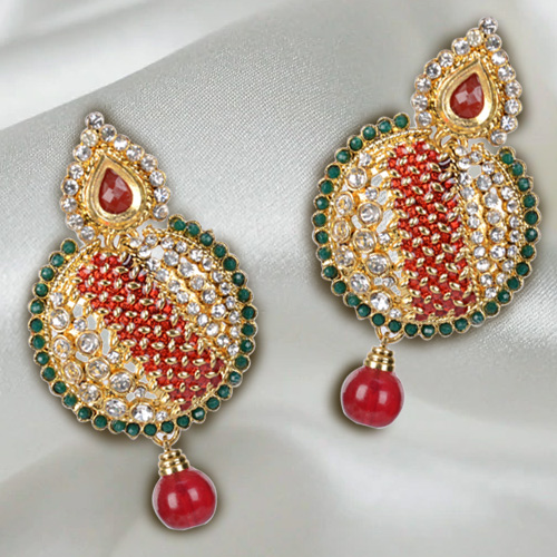 Resplendent Wedding Special Earring Set