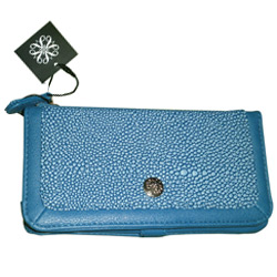 Avon�s Dainty Associate Card Wallet