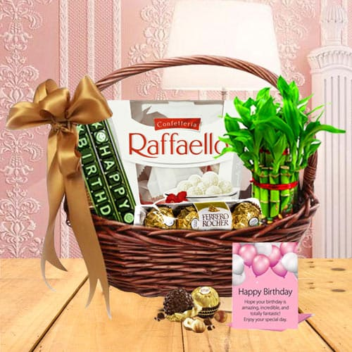 Lovely Gift Basket For Birthday Celebration Free Shipping Assured Delivery