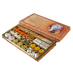 Assorted Decadence Diwali Hamper