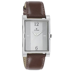 Stunning Wrist Watch for Gents from Titan <br>
